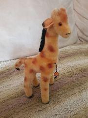 Stofftier alt Giraffe Steiftier