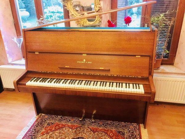 Steinway Sons Klavier-Flügel Mod-V125 Tadelloser