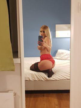 Escort-Damen - Suße Blonde