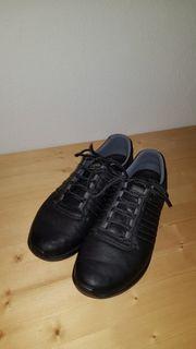 schwarze Herren Sneaker Gr 45