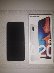 Samsung A20e