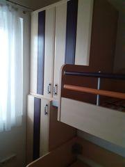 Stockbett mit Verbauung und Bettschublade