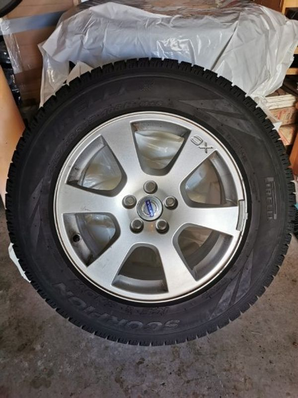 4x Volvo XC60 Pirelli Scorpion