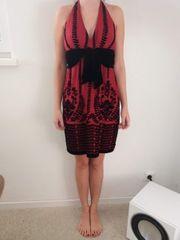 Neckholder Kleid rot mit schwarz