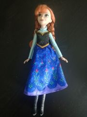 Disney Frozen Anna Puppe