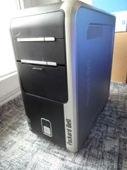 Formschöner PC Intel Pentium 4