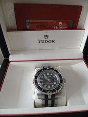 Tudor 1200 Hydro Tresoruhr