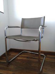 Freischwinger Stuhl Sessel mit grauem