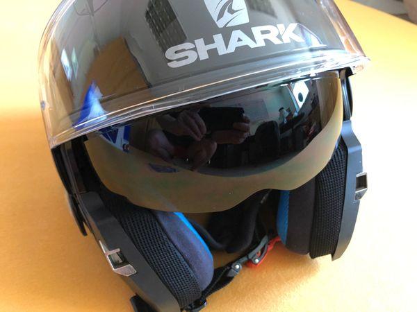 Shark Evo One schwarz-glanz XL