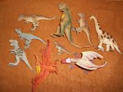 Verschiedene Dinosaurier-Figuren