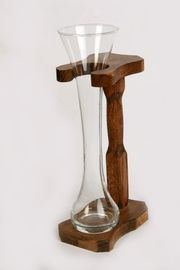 Glas-Blumenvase im Gestell handarbeit 30