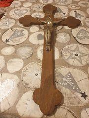 schönes altes Holzkreuz zu verkaufen