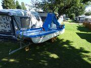 Trettboot mit Rutsche und Liegefläche