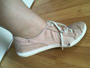 Meine getragenen Schuhe suchen einen