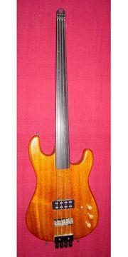 Rockinger Strat Bass fretless headless