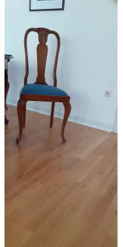 Esstisch u Stühle