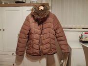vergebe schöne Damen- Winterjacke