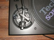 2 mal Technics SL-1210MK5 Turntable