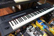 Roland RD-2000 88-key Stage Klavier