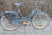 Damen Fahrrad Kettler ist in
