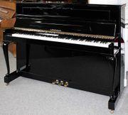 Klavier Legnica M-113 Chippendale schwarz