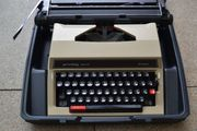 Verkaufe Schreibmaschine privileg 320 TR