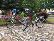 Zwei Fahrräder gut erhalten wenig