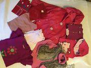 Schöne rot rosa Oberbekleidung für