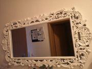 Spiegel im Landhausstil