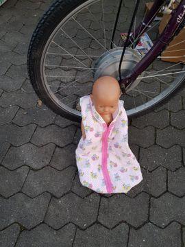 Puppen - Baby Born und Maxi Cosi