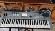 Keyboard Yamaha MM6 compact synthesizer