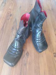 Tiggers-Schuhe in Übergröße Stiefelette Größe