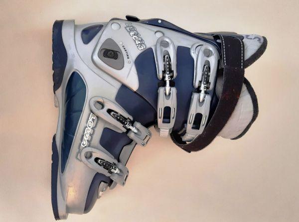 Ski Schuh