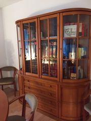 Wunderschönes Esszimmer aus Kirschbaumholz Klassisch