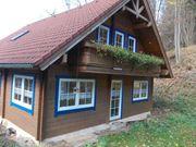 Idyllisches Holzblockhaus für Liebhaber