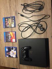 Playstation4 mit einem Controller und