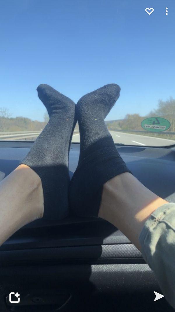 Happy Brown Feet