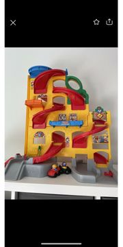 Parkgarage Fisher Price