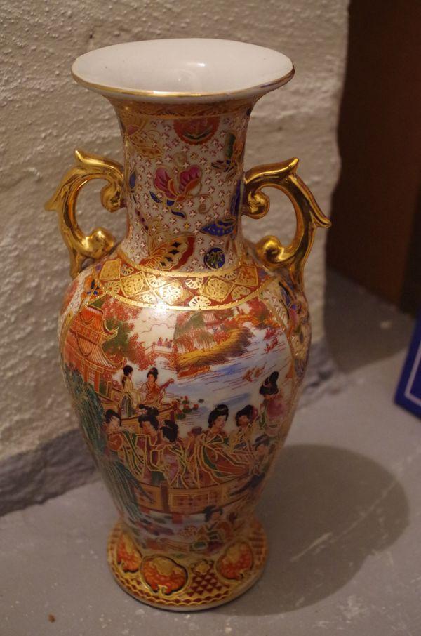 China Porzellan Vase Palastszene Schmetterling