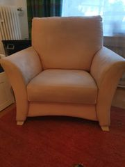 Schöner Sessel beige