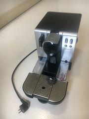 Verkaufe DeLonghi Nespresso Lattissima EN680