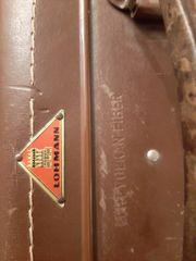 Zwei Koffer mit Vergangenheit