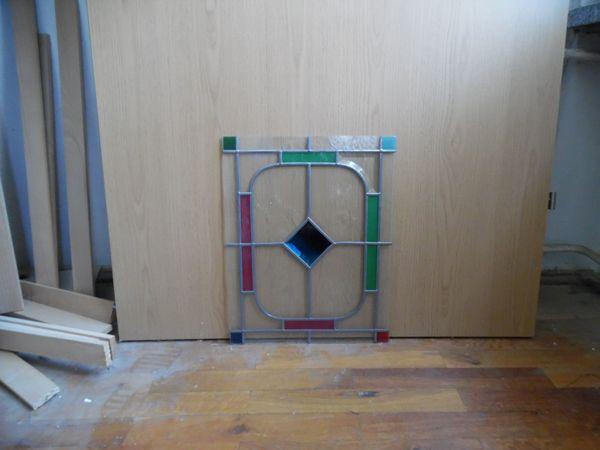 Ornamentglasscheibe farbig mit Bleiaufsatz
