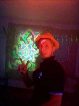 Er sucht Sie (Erotik) - Party Boy für jeden Spaß