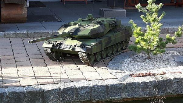 Leopard 2 A6 von Big