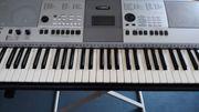 Yamaha Keyboard PSR 413