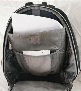 Rucksack mit vielen Taschen: Kleinanzeigen aus Buttstädt - Rubrik Schul- und Lehrbedarf