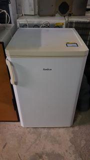 Kühlschrank von Amica mit Gefrierfach -