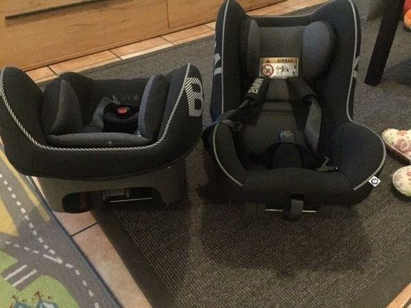 Kindersitz mit IIsofix-Basis