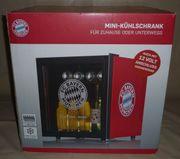 Mini-Kühlschrank mit FC Bayern Logo